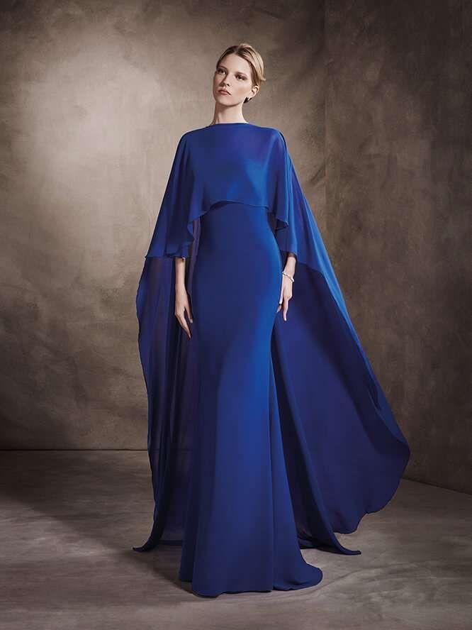 606118395 Vestidos de ceremonia San Patrick  fotos colección 2017 - Vestido de fiesta  azul oscuro con capa San Patrick 2017