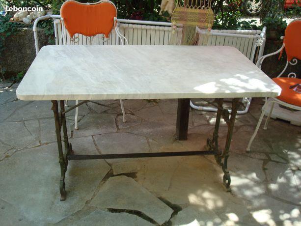 Table de jardin fer forge ancienne dessus marbre | Table ...