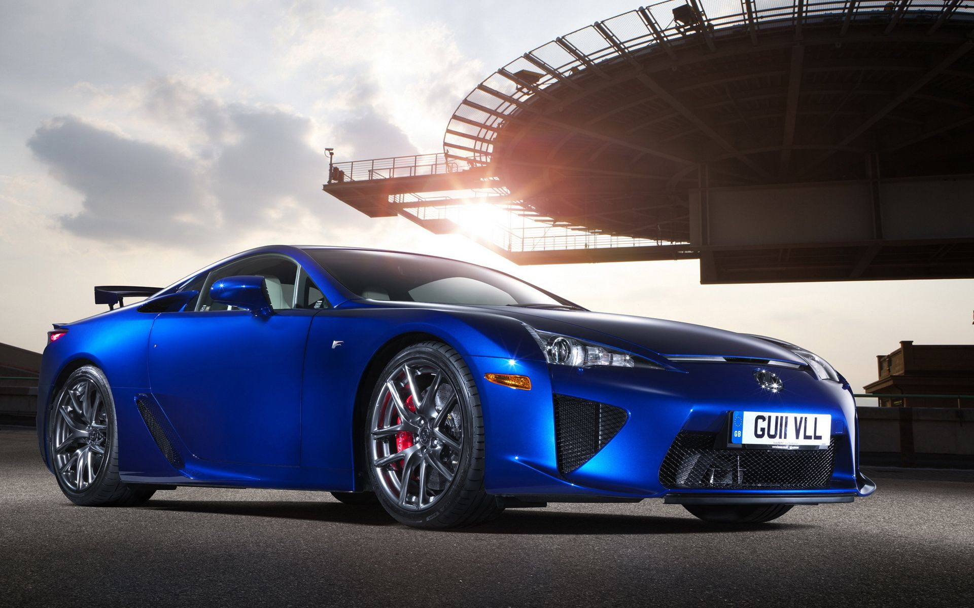 The Lexus LFA - Toyota's pursuit for the perfect driver's car. It's ...