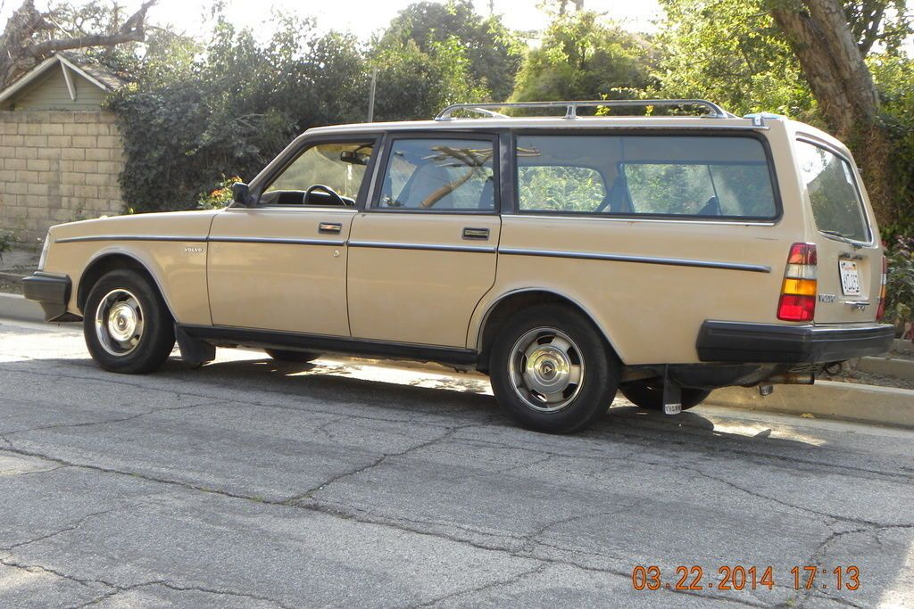 volvo 240dl station wagon for sale volvo oldtimer volvo station wagon volvo wagon. Black Bedroom Furniture Sets. Home Design Ideas