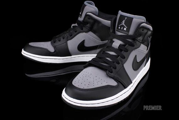 55c83770911096  Air  Jordan 1 Phat - Cool Grey Black-White. I used to rock the dunks