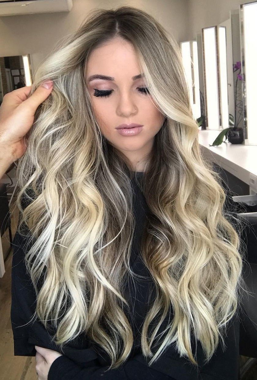 Beautiful Blonde Waves Blonde Blondehair Balayage In 2019
