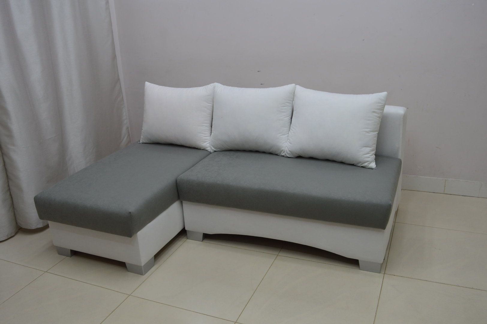 Small Corner Sofas Your Dream Pieces To Save Space With Elegance