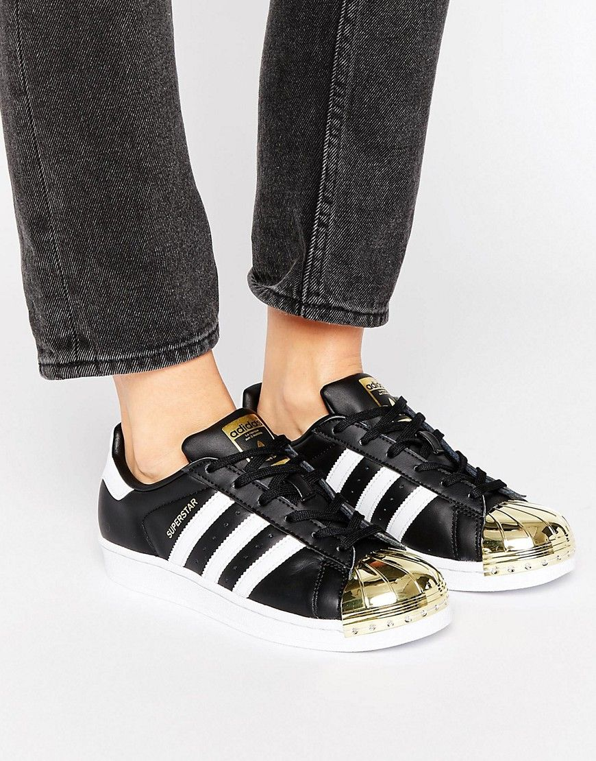 New Women Adidas Originals Black Superstar Trainers With Gold Metal Toe Cap Sale