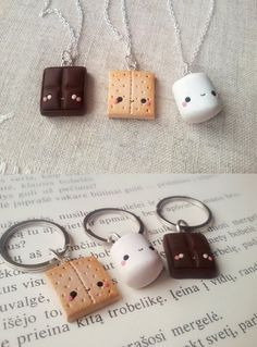 S'mores 3 friends necklace, miniature food jewelry, clay charms, friendship necklace, bff necklace, best friend charm, kawaii charms, S'mores 3 friends necklace set minature by ClayCreationsForEver...