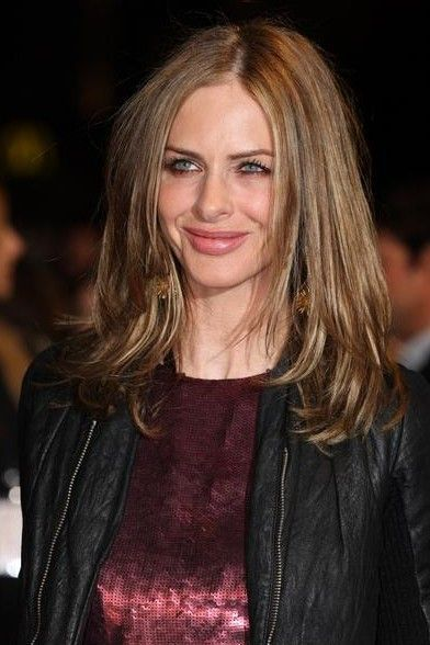 Simple Easy Daily Long Hairstyle  Center Part Hairstyle from Trinny Woodall  Hairstyles Wee Simple Easy Daily Long Hairstyle  Center Part Hairstyle from Trinny Woodall  H...