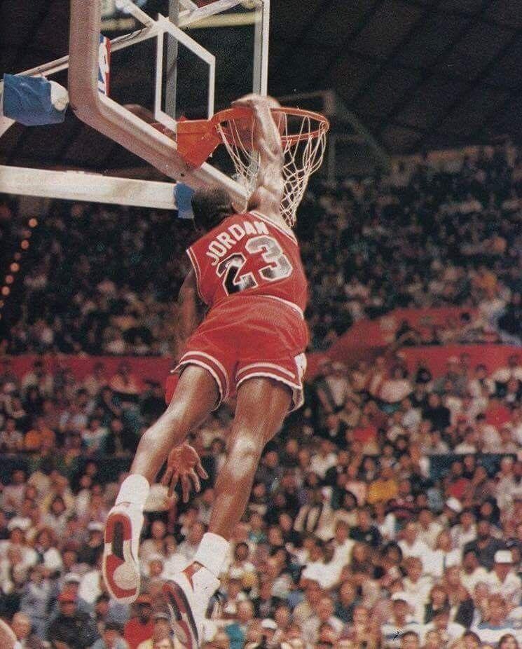 BasketballGiftIdeas Regali A Tema Pallacanestro 06e0344b4650