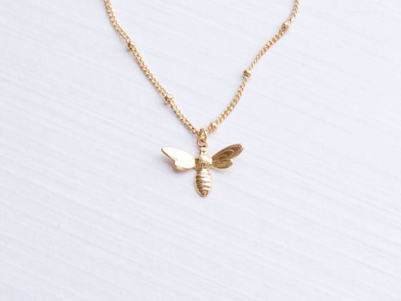 Minimalist Bee Necklace Insect Animal Nature Cute Dainty Jewellery Gold Silver