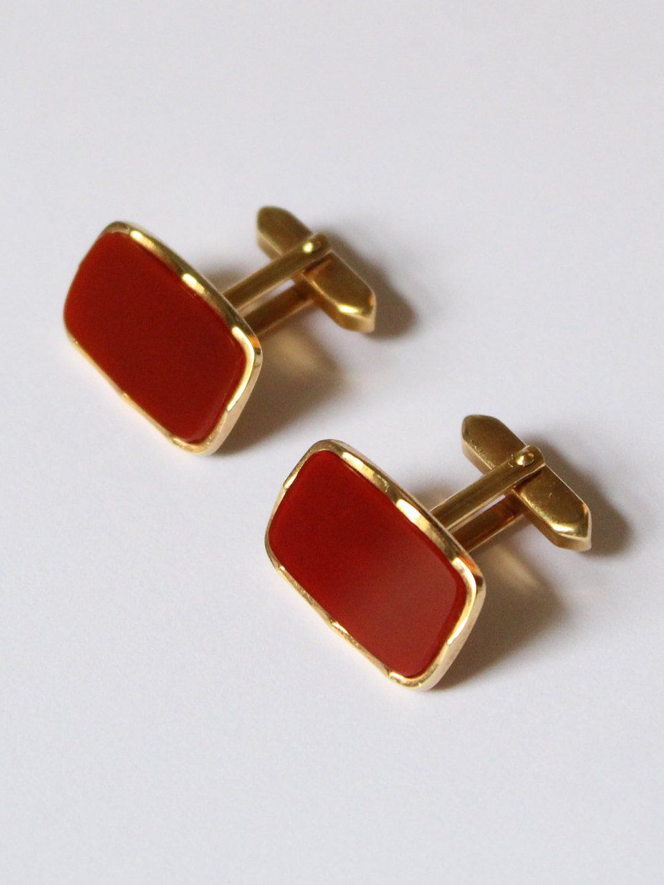 Red Austin Reed Cufflinks Https Etsy Me 2coo0tf Listmyetsy Red Gold Accessories Cufflinks Mens Accessories Jewelry Mens Accessories Bracelet Cufflinks