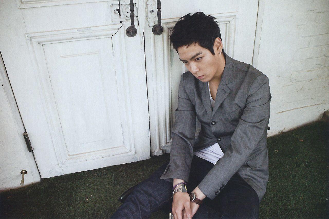 Choi Seung Hyun aka TOP on 10+ Asia Idol Magazine - November 2010 #TOP #ChoiSeungHyun #10+ #AsiaIdolMagazine