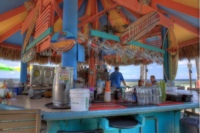 Beach Bars In Hdr Sharky S On The Pier Venice Florida