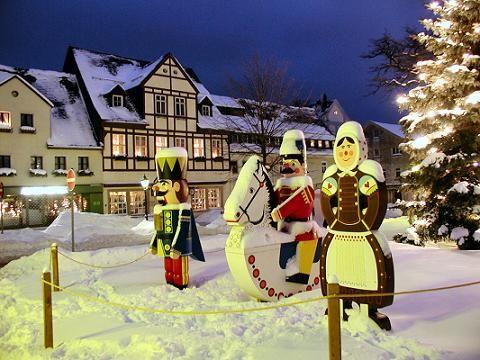 weihnachtsmarkt in olbernhau weihnacht im erzgebirge. Black Bedroom Furniture Sets. Home Design Ideas