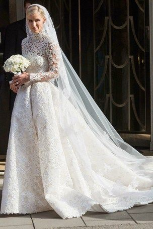 Nicky-Hilton-wedding-dress ~ CUSTOM VALENTINO ♥ OH BUT I DO! 4172968bb29c