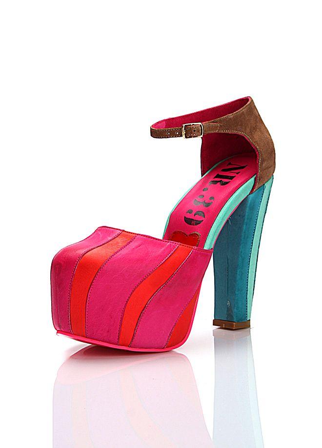 NR.39 Ayakkabı Markafoni'de 269,00 TL yerine 94,99 TL! Satın almak için: http://www.markafoni.com/product/3095007/