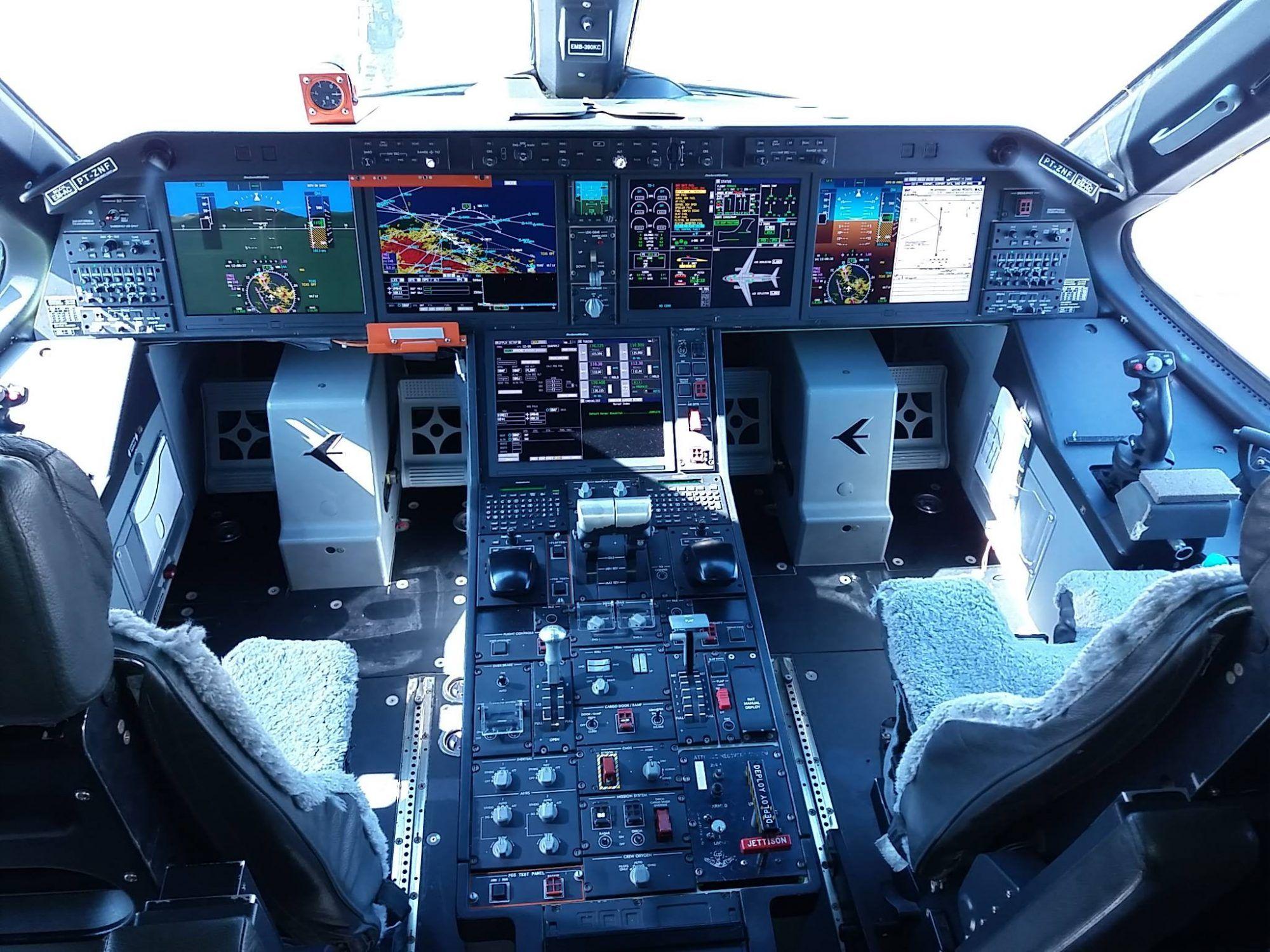 EMBRAER KC-390  - Página 7 Aaf1f95d5dd3650c04e688f02814a66c