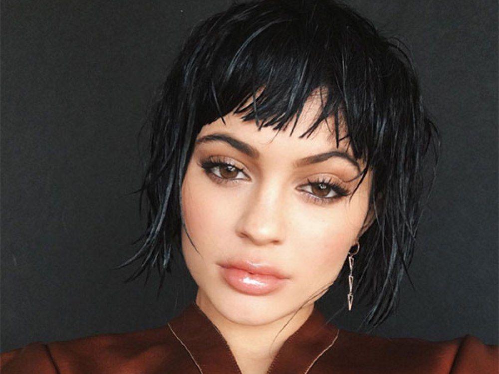 Hairstyles Kylie Jenner: Μαλλιά και ομορφιά