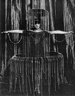 Luisa Casati wearing Paul Poiret 1910's