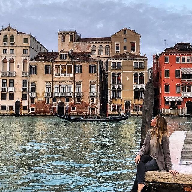 Venice! It's so good to see your beautiful face again...❤️. . . ----------------------------- .Twitter: @marinacomes .Facebook: MarinaComesTravel ----------------------------- . #earthpix #vacationwolf #fantastic_earth  #wonderful_places #awesome_photographers #shetravels #watchthisinstagood #roamtheplanet #ig_exquisite #ig_dynamic #ig_photostars #viajar #awesomepix #topdecker #worldtravelpics #beautifulplaces #wonderfulplaces #travelgirl #igmasters #vacations #justgoshoot #agameoftones #...
