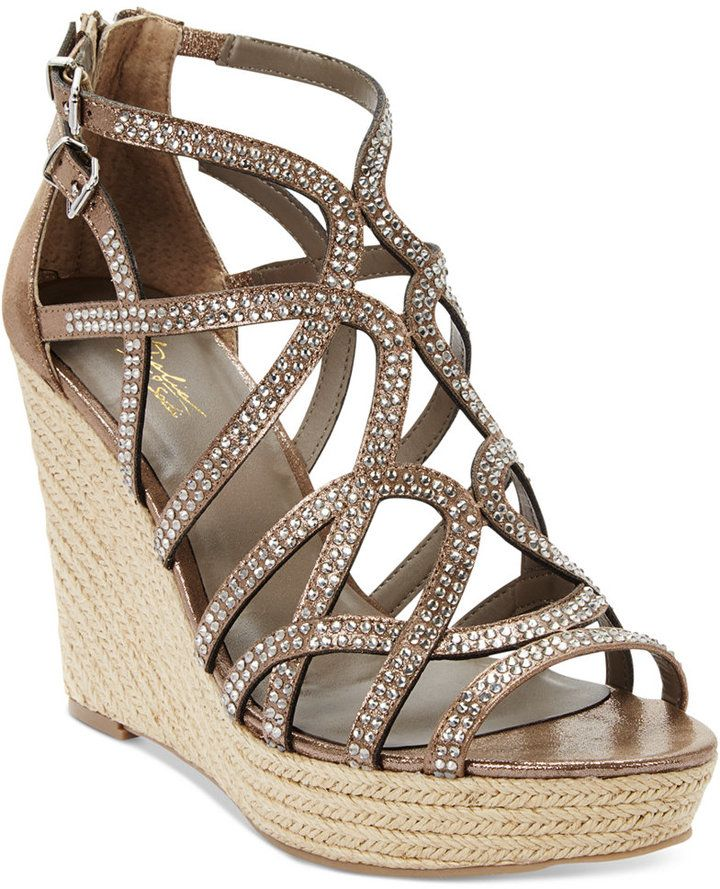 Thalia Sonya Platform Sandals