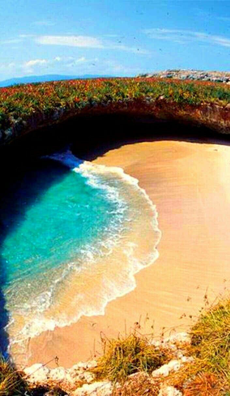 Hidden Beach Love Marieta Islands Mexico