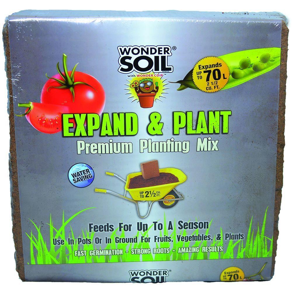 WONDER SOIL 2.5 cu. ft. Premium Expanding Coco Coir Living