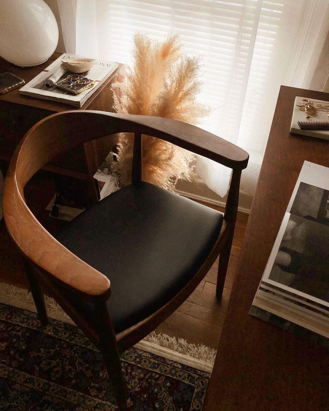 Ashley Pierce On Instagram Chair Love Meuble Meuble Design Mobilier