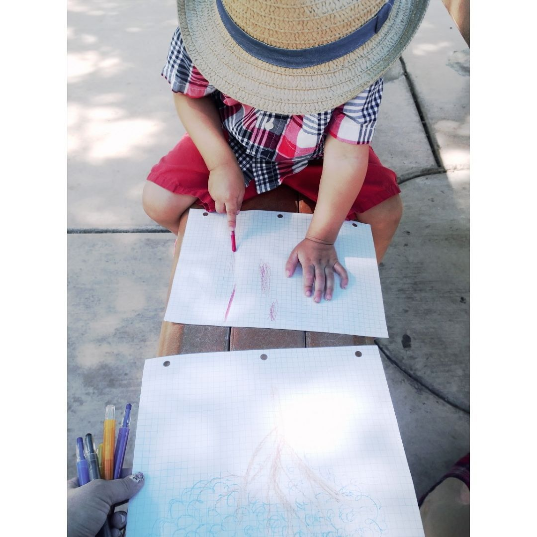We sat observed our surroundings & drew trees together!  #morningart #butartfirst #homeschoolfamily #getintonature #makediscoveries #totlife by petitebutton