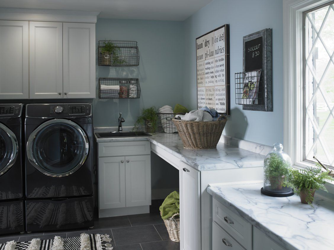 Laundry Room With 180fx Laminate Calacatta Marble Countertops