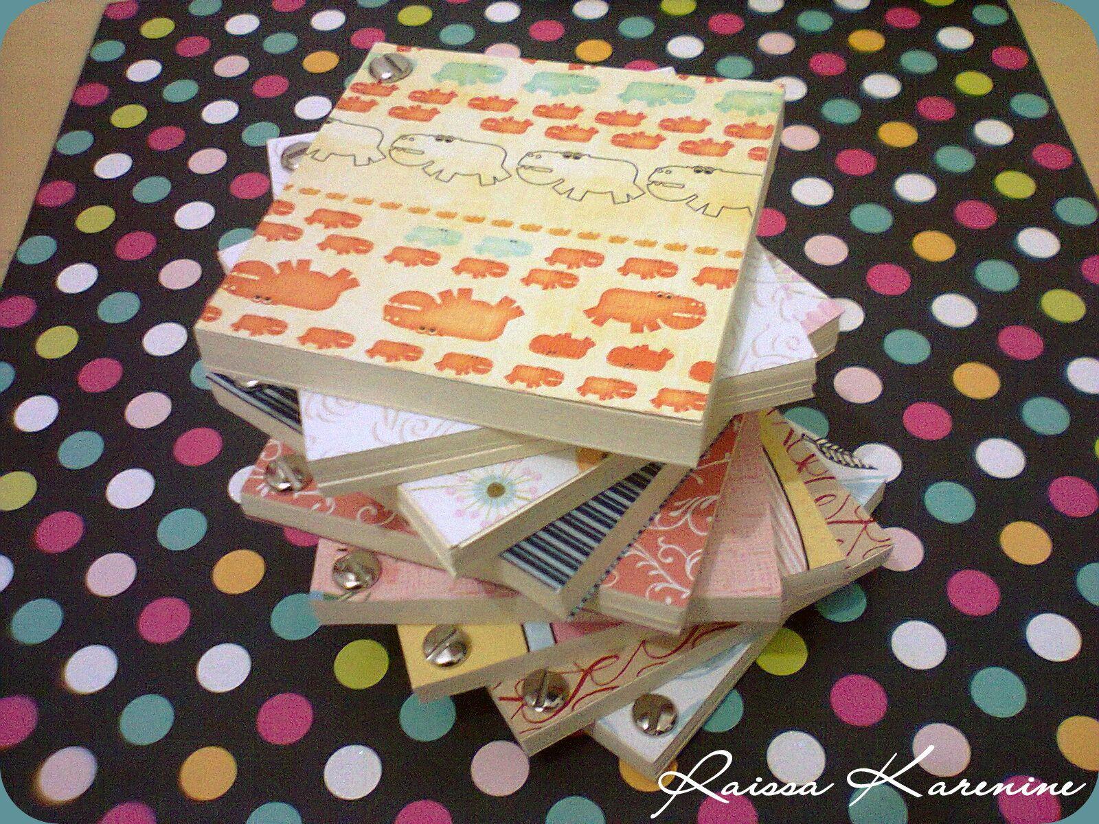 Cadernetas para o pessoal da Consenso *-*