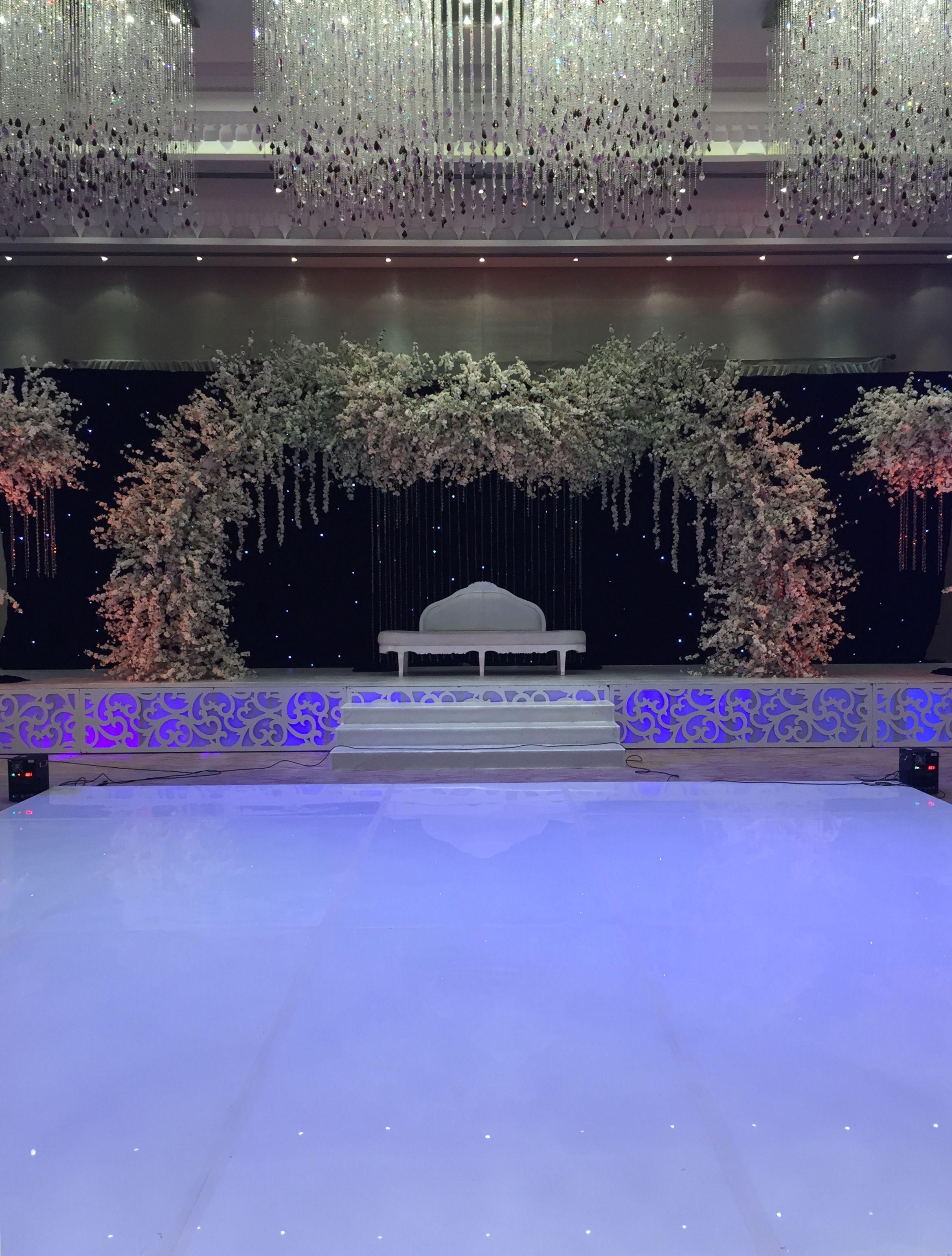Wedding stage decoration dubai  Pin by Franky Adrian on Wedding Stage Decorations  Pinterest