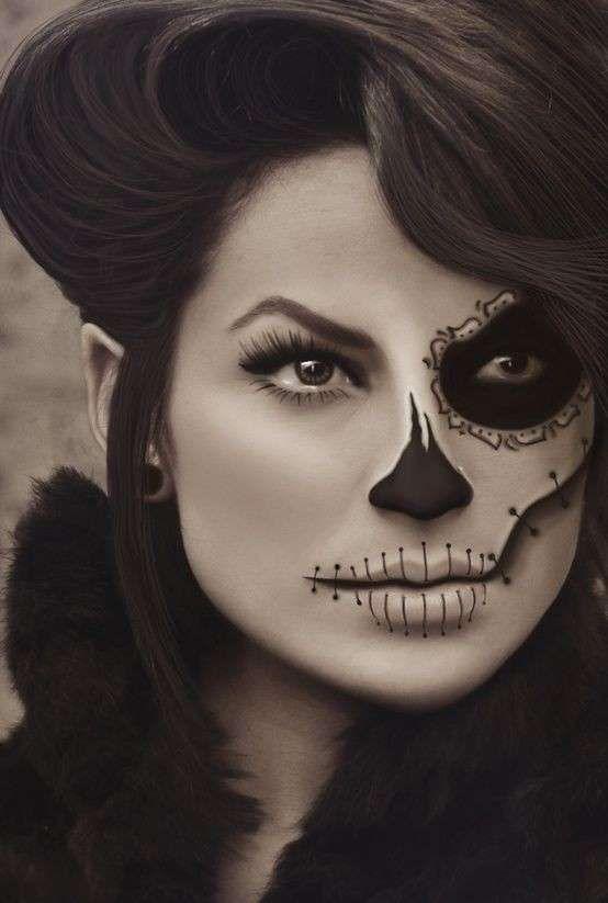Trucco di Halloween da scheletro - Make up scheletro per Halloween solo da  un lato del viso 044e95a8ff12