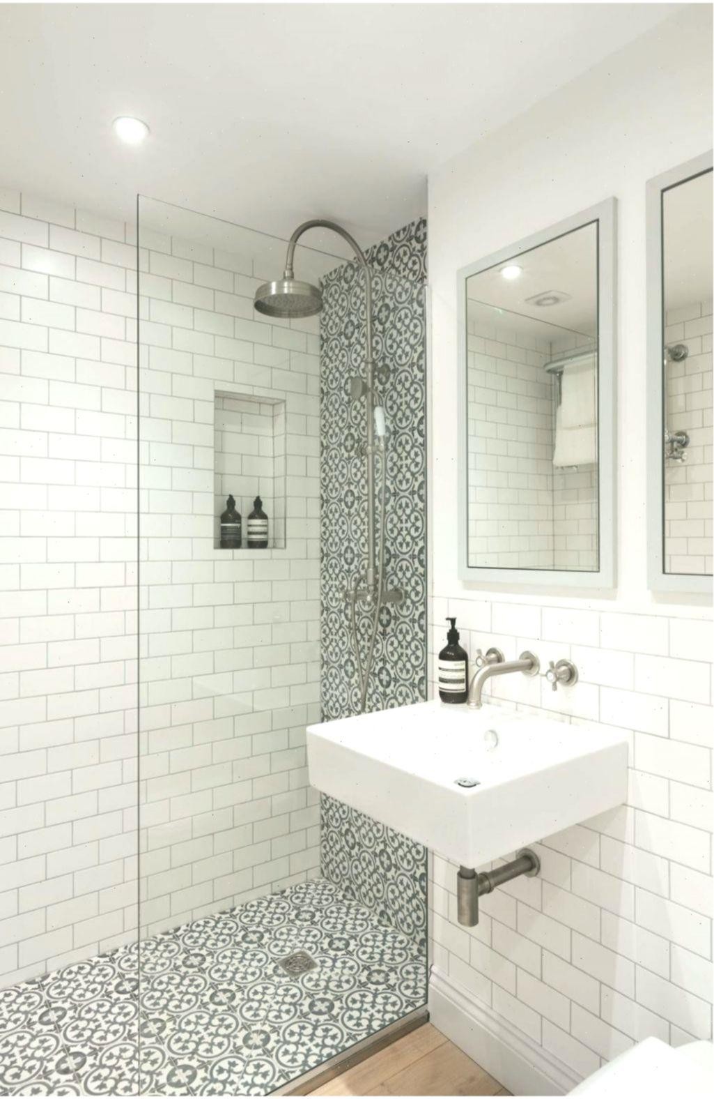 Inspiring Small Bathroom Remodel Ideas Kleinebadideen Verysmallbathroomideas In 2020 Small Bathroom Inspiration Bathroom Remodel Tile Small Bathroom