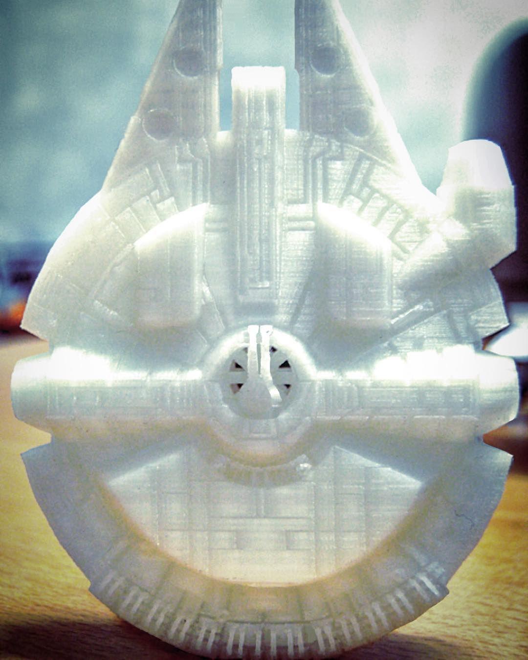 "Millennium Falcon realizzato con stampante 3D ""Allinone"" Foto in macro  #millenniumfalcon #starwars #guerrestellari #3dprinter #3dprinted #3d #3dprinting #stampaletueidee #stampa #stampa3d #stampa3dreggioemilia #stampante3d #stampante #allinone #3dline #macro #foto #fotomacro #insta3d #followme #reggioemilia #makers #makerspace #maker #nerd by 3dline_stampanti3d"