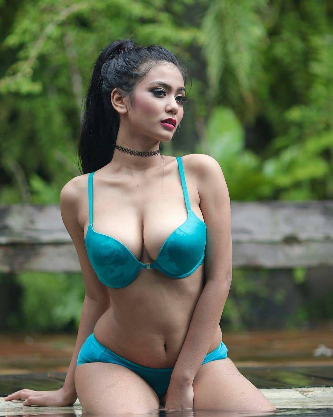 nude hot body girls