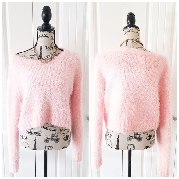 Pretty Light Pink Fuzzy Sweater | Colori, Acrilici e Rosa