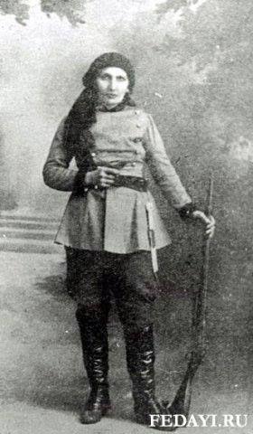 Armenian women warrior | Армения, Исторические костюмы, Художники