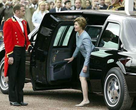 画像 最強の車 オバマ大統領専用車 キャデラック ワン がいろんな意味でヤバすぎる 意外な弱点も キャデラック 軍車 車