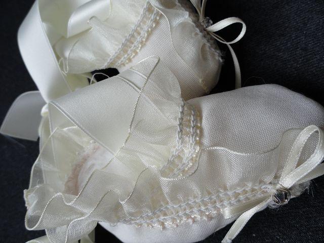 Für Babys - Taufschühchen - ein Designerstück von kleinerSonnenstrahl bei DaWanda