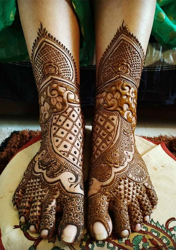 This is beautiful and attractive mehndi designs for backhands also rh pinterest