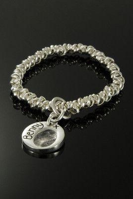 Gathered link bracelet with fingerprint charm