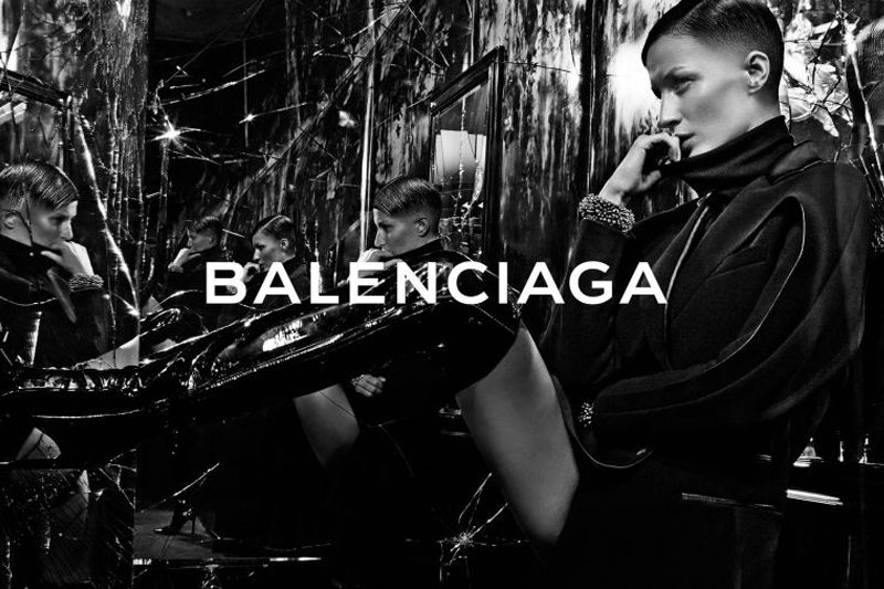 Gisele Bündchen Rocks Buzz Cut in Balenciaga Ad
