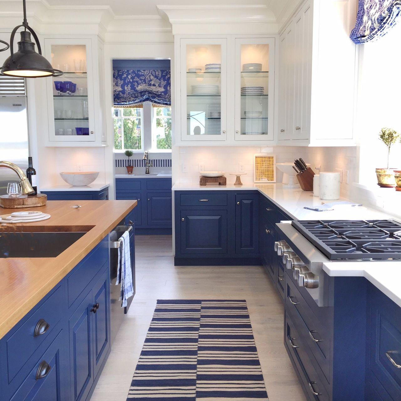 Blue And White Kitchen Cabinets Modern Kitchen Kitchen Remodel White Kitchen Decor