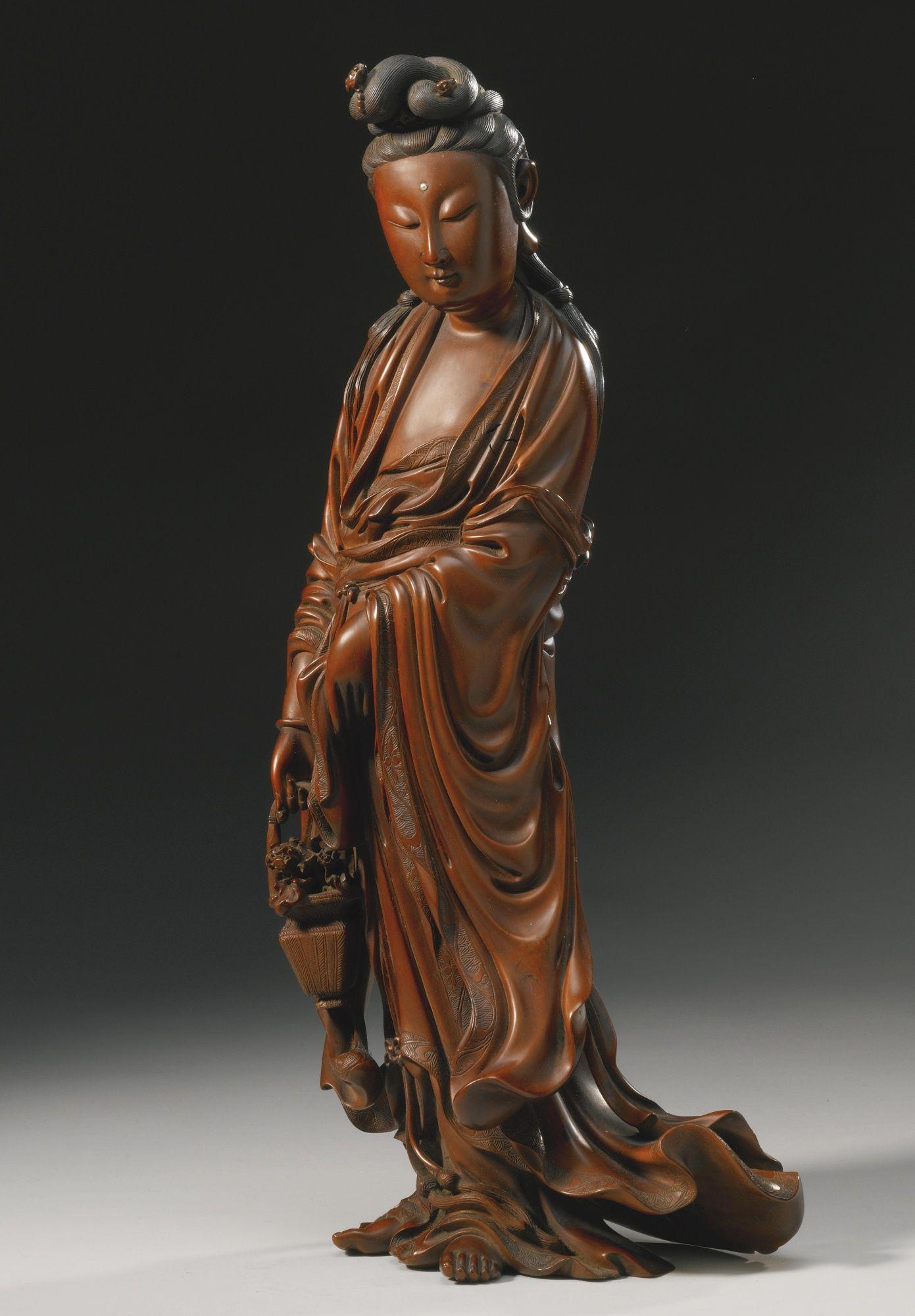 Collect China boxwood Hand carved Buddhism Guanyin Kwan-yin goddess statue
