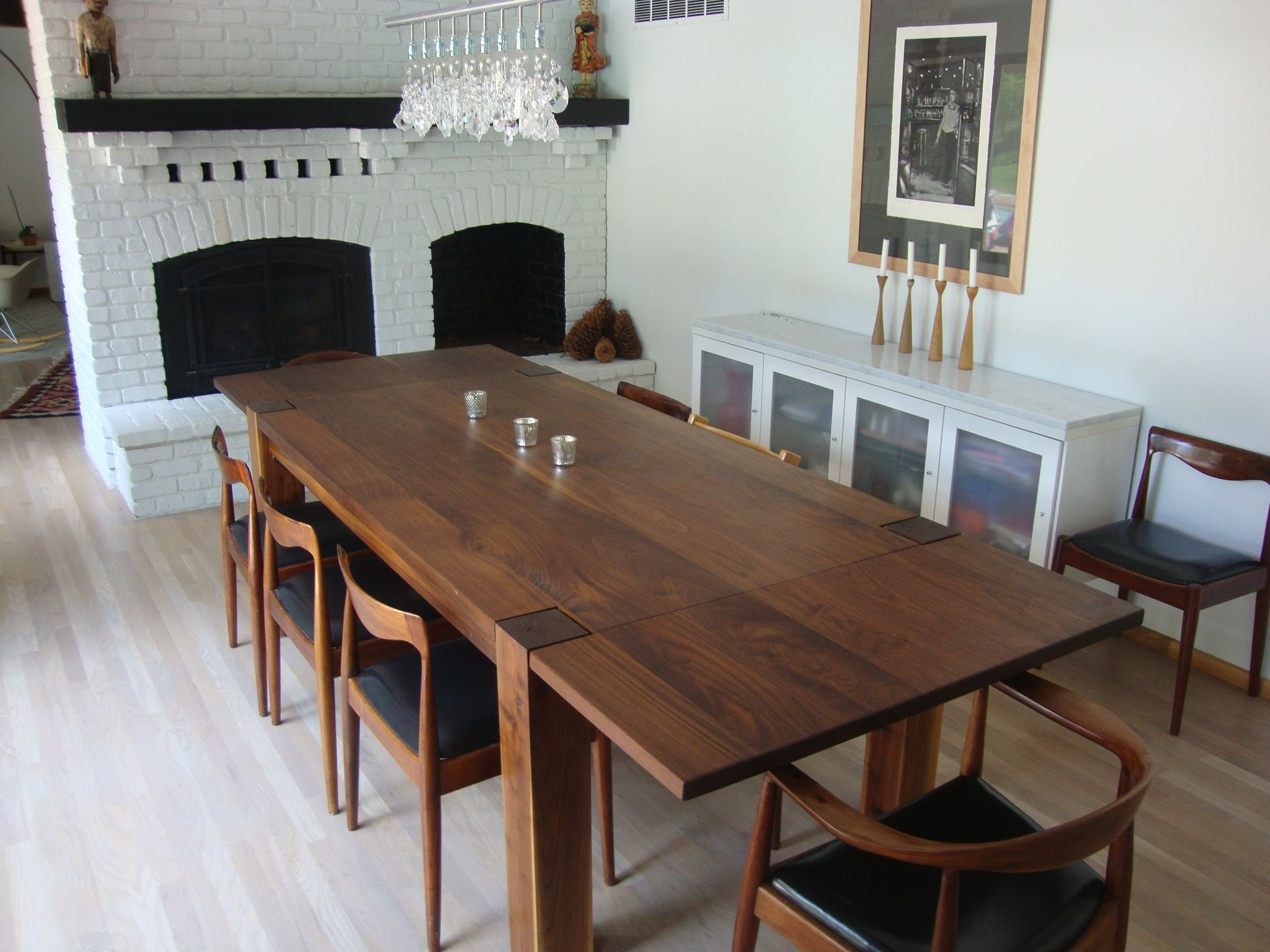 Dark Walnut Dining Room Sets Each Day Once Allowed For Sunday Dinners Tables Can Bring The Household Together