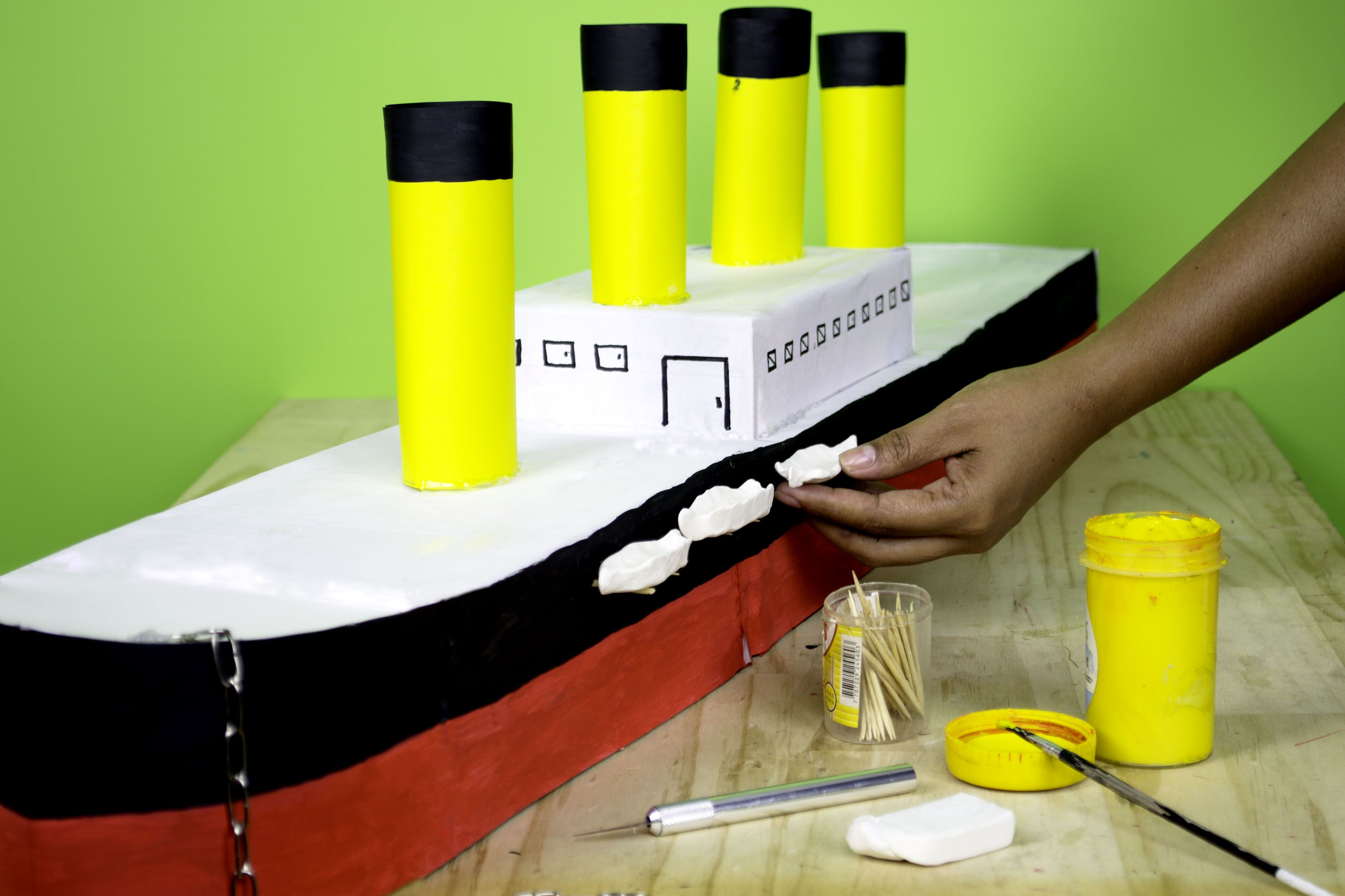 How to Make a Paper Model of the Titanic | Make paper, Home and ...