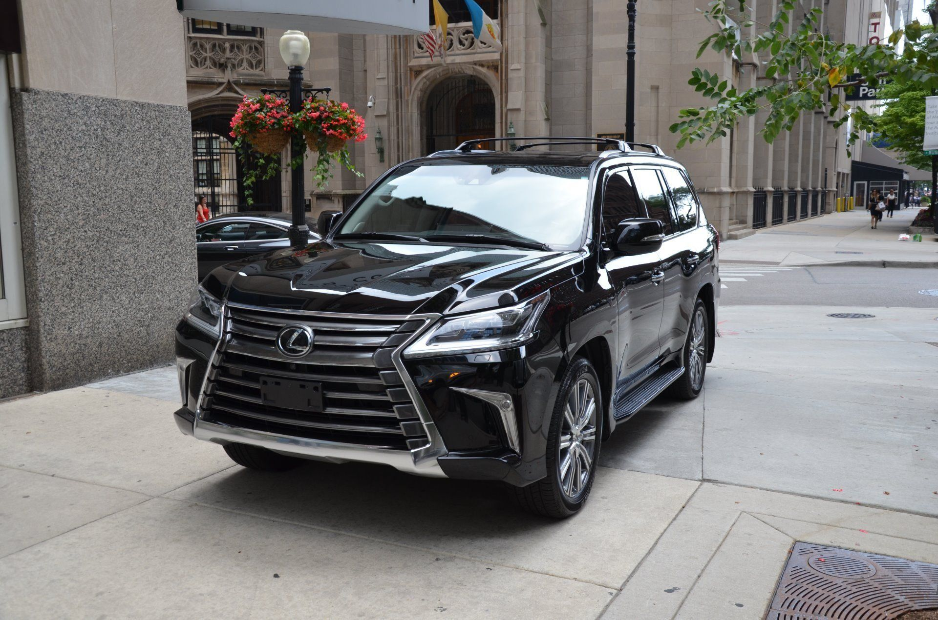 2020 Lexus Lx 570 Release Date And Concept In 2020 With Images Lexus Lexus Dealer Lexus Es