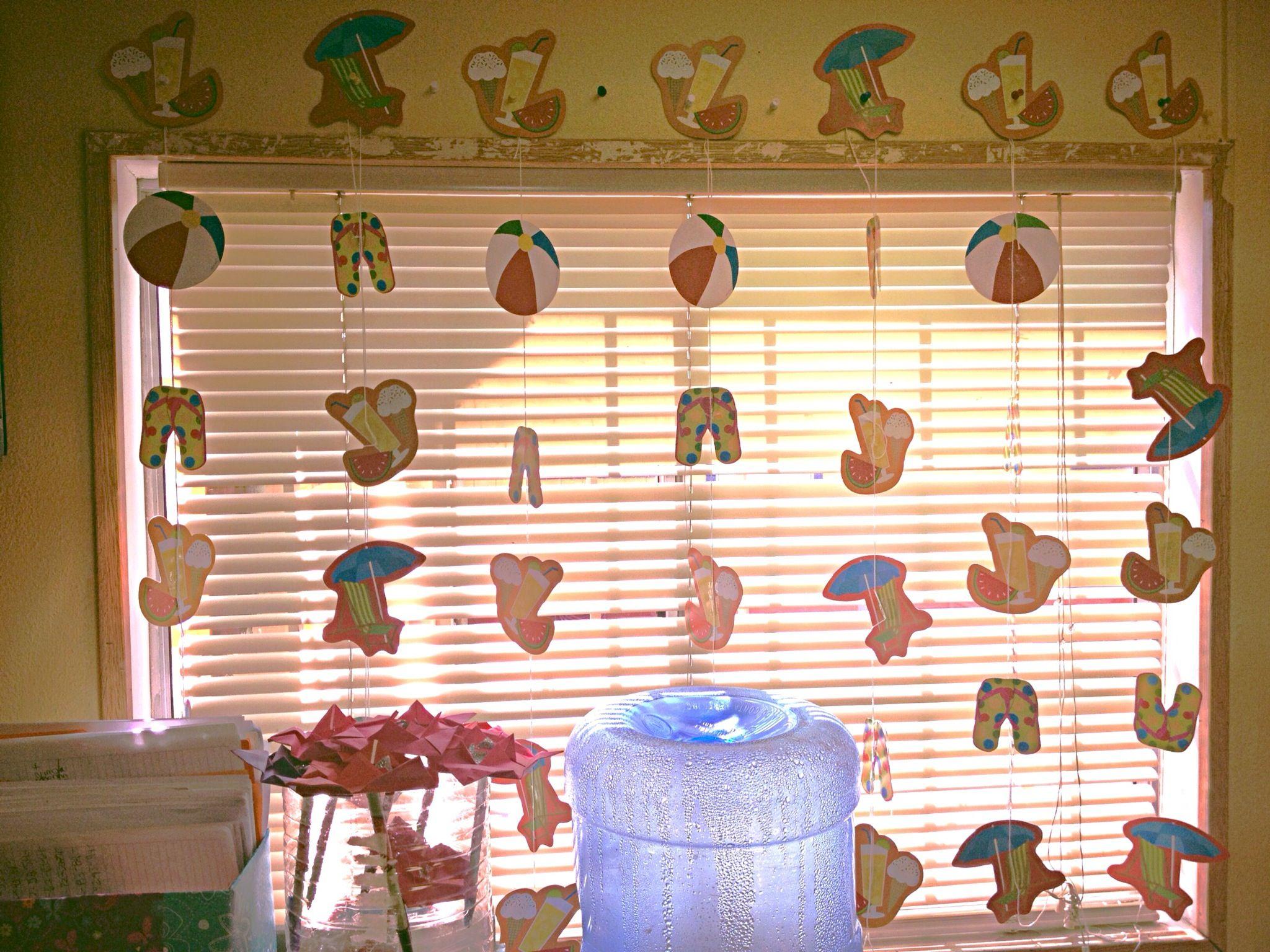 Classroom window decoration -  Summer Window School Classroom Decoration