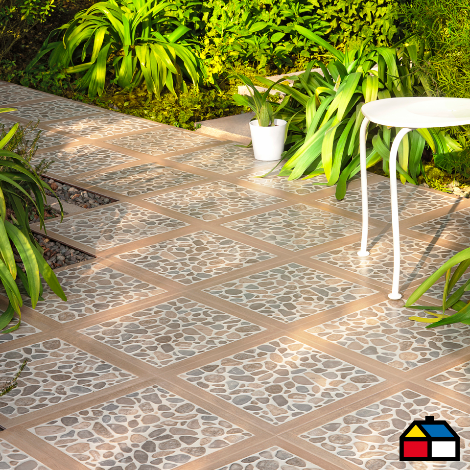 Pisos cer mica woodriver patio terraza homecenter for Azulejos para patios exteriores