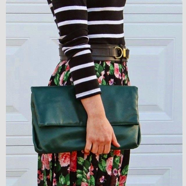 Just a little style inspiration via Pinterest. There's just something so fun about pairing floral with stripes. Never be afraid to pair your vintage with modern! Think outside the box and explore the different prints and colors you can mix together with your vintage goodies for a fun, unique and trendy outfit that's completely your own! 💕👗✨