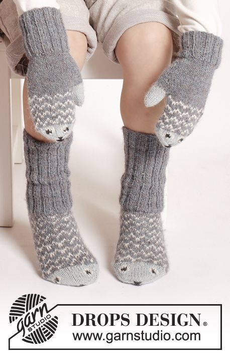 Another Cute Set Of Mittens And Socks For The Kids Free Knitting